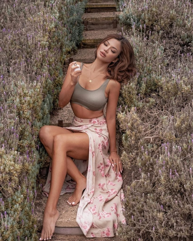 Michelle Lou Lan Model 2020