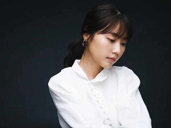 Kasumi Arimura is a stunning Japanese girl